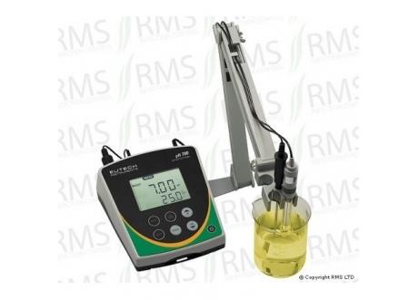 pH 700 Bench Meter Kit